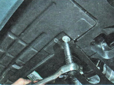снятие пыльника двигателя chevrolet aveo
