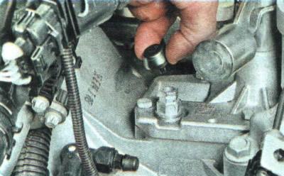 шевроле авео т300 замена масла в двигателе